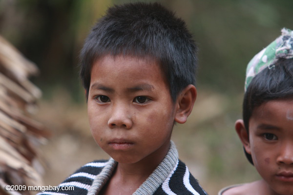 Lao kids in a Luang Namtha village